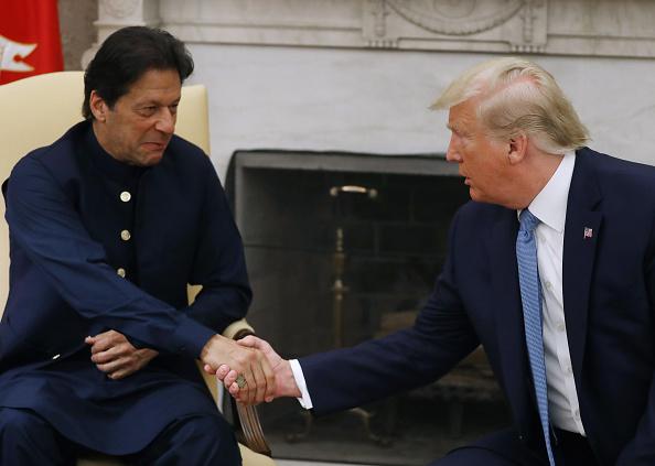 川普会见巴国总理 促施压塔利班迫其永久停火