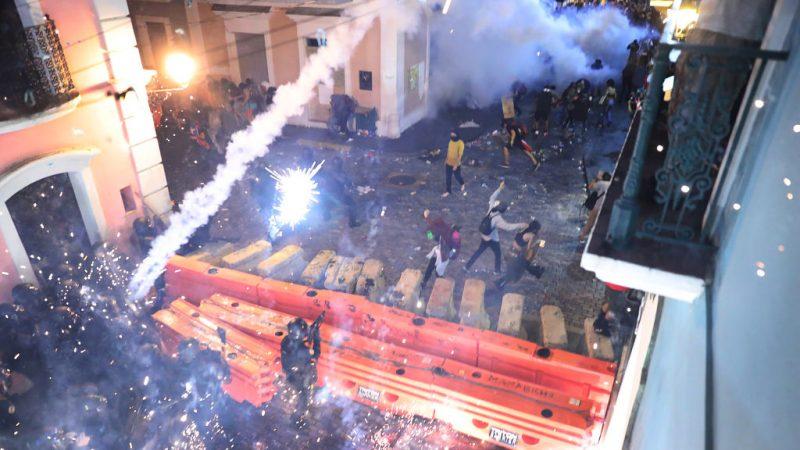 50萬人上街頭要求總督下台 波多黎各爆警民衝突