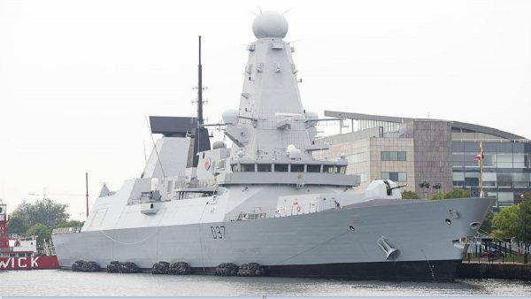 鄧肯號軍艦抵波斯灣 英警告伊朗須守國際規則