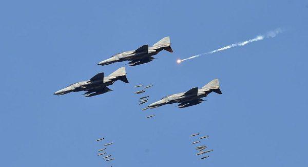 俄军机入侵领空 韩战机发射逾360发子弹驱离