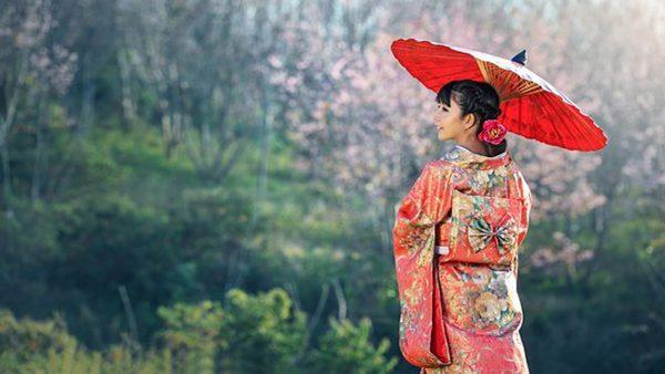 日本女性為什麼喜歡跪著?沒你想的那麼簡單