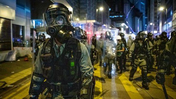 组图3:香港 728血染街头 多人受伤被捕