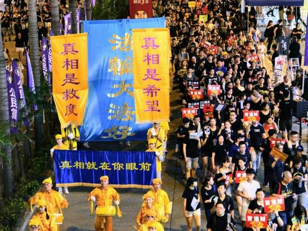 北京进退两难施诡计 香港民众有一个最好办法