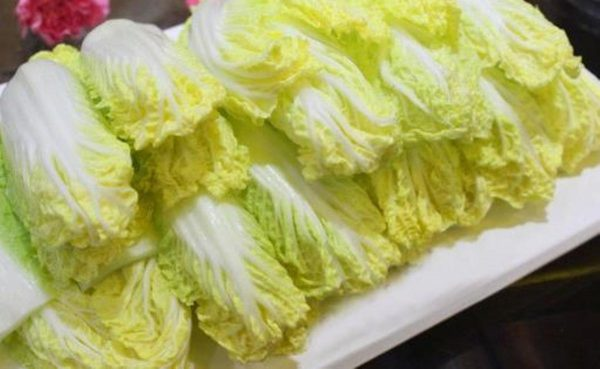 陆再爆蘸毒蔬菜丑闻 娃娃菜检测样本一半含甲醛