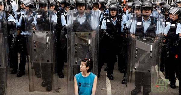 【江峰時刻】香港元朗白衣人背後的黑手;塗抹中聯辦 警察再次隱身