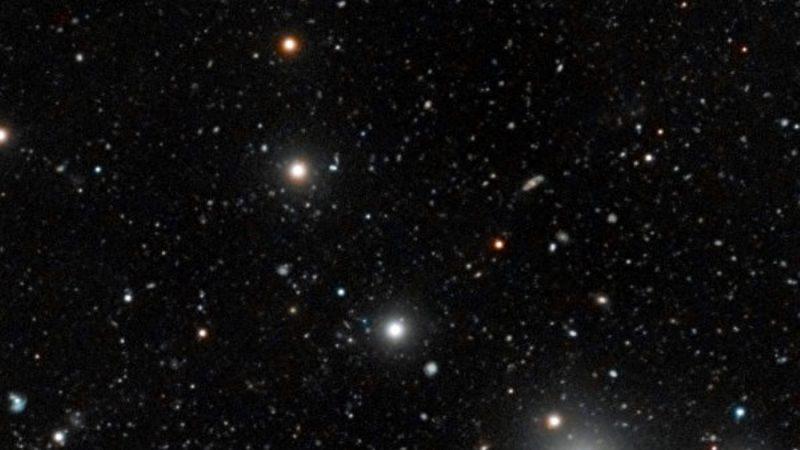 科学家发现39个古老暗星系 颠覆宇宙模型