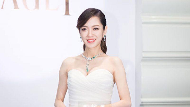 """杨千霈产下小女儿""""Q妹"""" 手脚长遗传老爸"""