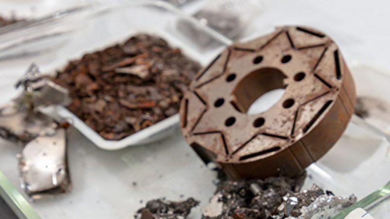 美国新发明:可从磁铁中萃取稀土 纯度99.5%
