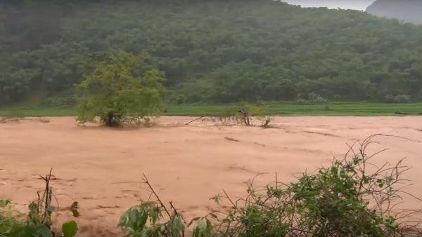 台风薇帕环流暴雨 越南酿灾5死13失踪