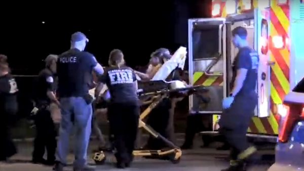 坐在車內開槍 芝加哥3起槍擊案至少5死42傷