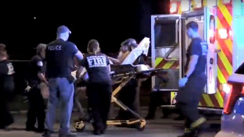 坐在车内开枪 芝加哥3起枪击案至少5死42伤