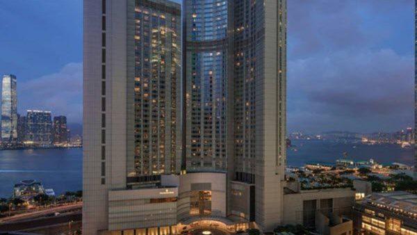 香港90%导游停工 餐饮业营业额大降近30%