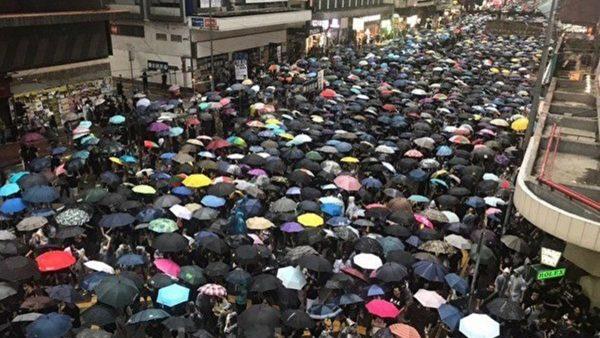 陳光誠:給中共「八旗子弟」準備了返回黨國懷抱的方案