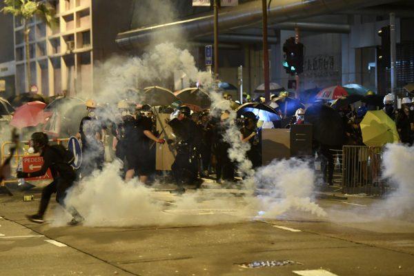 香港三罷兵分多路大混戰 逾百人被捕41人輕重傷