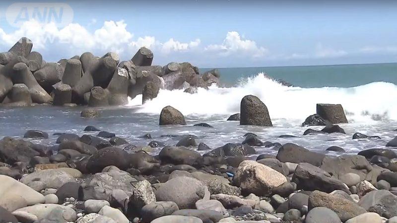 台风逼近天热戏水 日本一天至少15人罹难