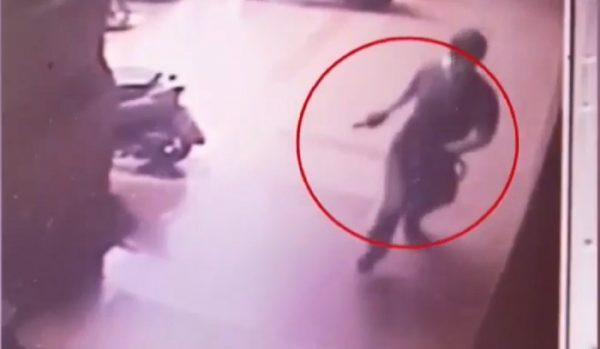 """台男闯银行大喊""""抢劫""""警迅速赶到压制逮捕"""