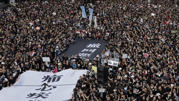 路透:港府建議撤回送中條例 遭北京拒絕
