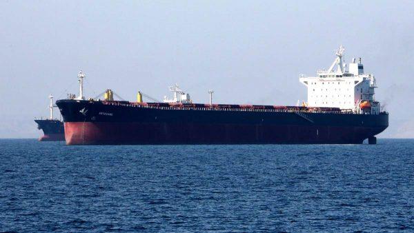 关闭应答器还改名 中石油船只助伊朗偷运石油