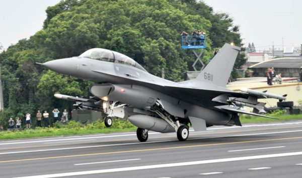 美媒:66架F-16V對台軍售案將送交國會