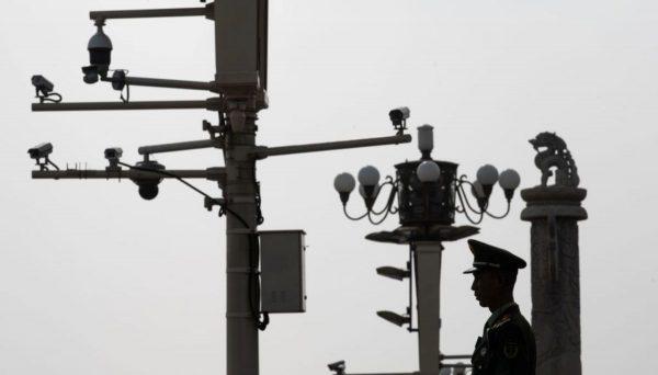 中國遍布2億監視器 3年後或1個鏡頭監視2個人