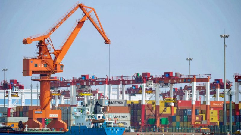 瑞银调低中国经济增速预测 明年降至5.8%