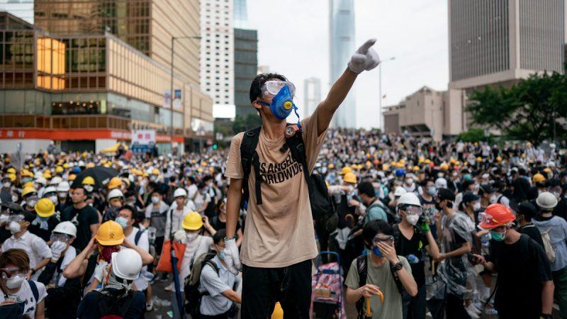 无惧大抓捕 香港8.31反送中口号震天 警重兵布防