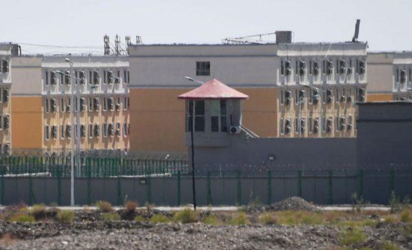 聲東擊西?美參議院迅速通過《新疆人權法案》