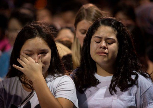 """德州枪击案被指""""恐袭"""" 美检方寻求处凶嫌死刑"""