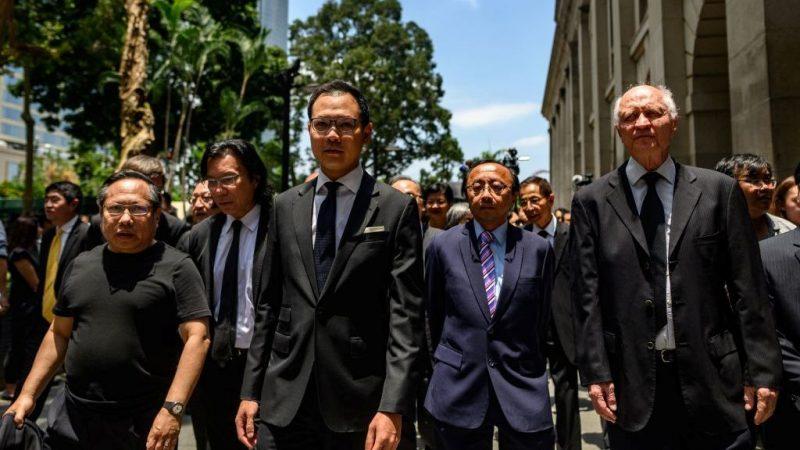 香港法律界數千人黑衣遊行 反對律政司政治檢控
