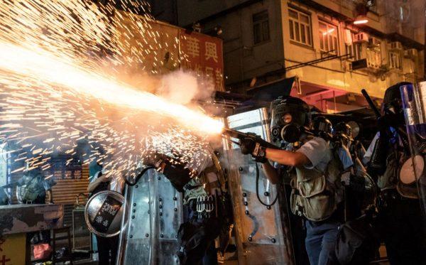 【江峰时刻】香港警察受邀北京阅兵 中共昏招
