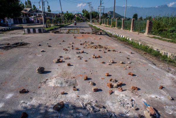 克什米爾多處爆抗議衝突 部分地區再實施嚴管