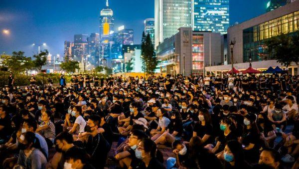 陳維健:香港危機未過 曙光已現 專制政權終會走到不敢動刀槍的那一天