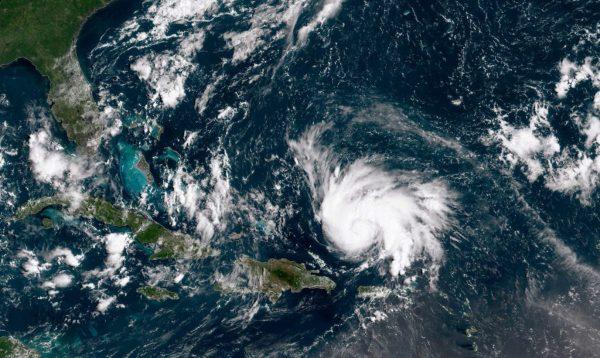 威力增强速度加快 热带风暴多利安直扑美国佛州