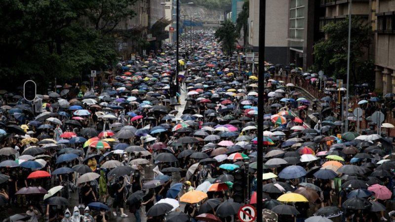 """对港策略转变?央视""""暴动""""新闻消失改称香港""""朋友"""""""