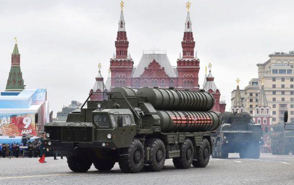 美正式退出《中导条约》美俄中新军备竞赛将展开?