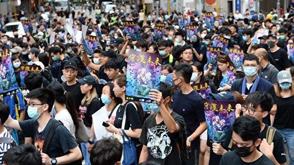 夏小强:中国当政者应听香港民意 勿酿千古大错
