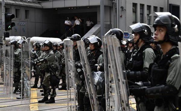 中共駐港部隊殺氣騰騰 發視頻 自曝「太惡霸」