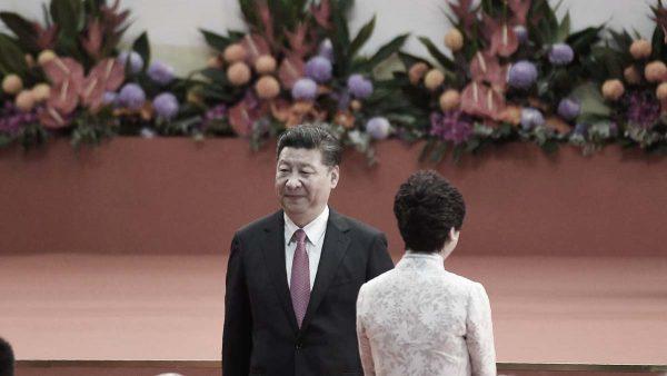 """亲共代表放风北京设""""死线"""" 林郑闭门会见示威者"""