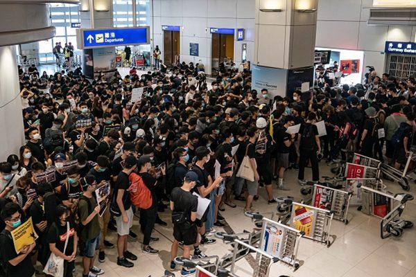 陳思敏:香港「反送中」戳破中共貿談謊言