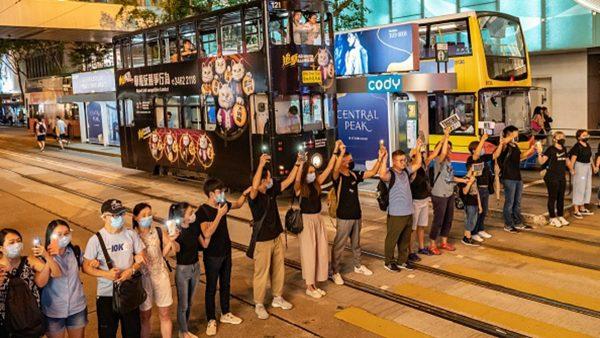 組圖:21萬人鏈築起「香港之路」反送中怒火越燒越旺