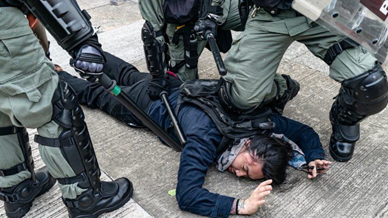 """中共骚扰驻华外国记者 """"教""""外媒报导反送中"""