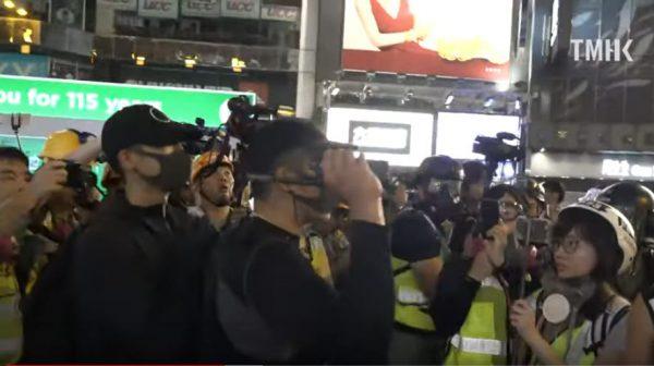 海關督察預警:數十大陸人攜頭盔黑衣口罩入關香港