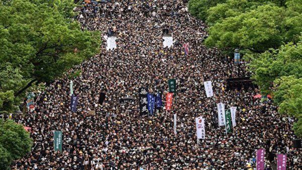 宋征時: 中共大規模出兵香港軍情分析