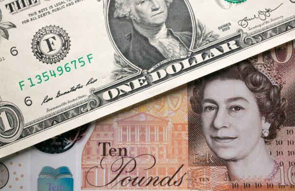 """硬脱欧""""逼软""""英镑 兑美元跌破1.2至新低"""
