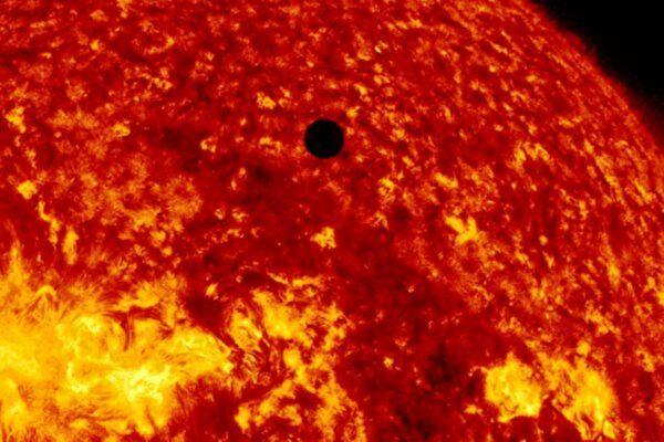 新发现:金星曾适合居住 神秘事件改变了它