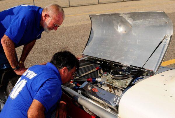 汽车维修问与答:何谓漏油