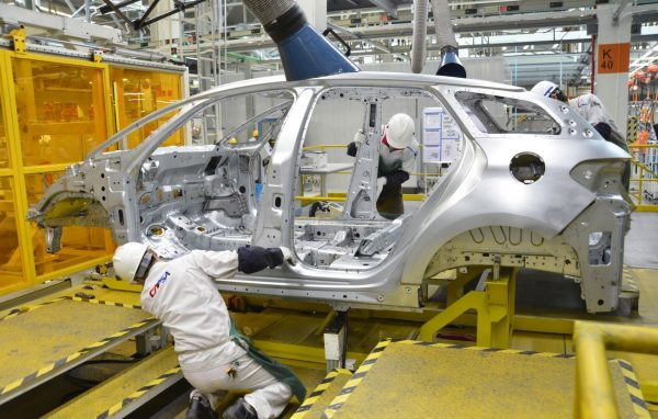 112家公司上市後中報首虧 長安汽車損22億