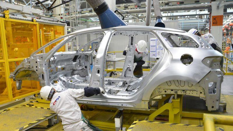 112家公司上市后中报首亏 长安汽车损22亿