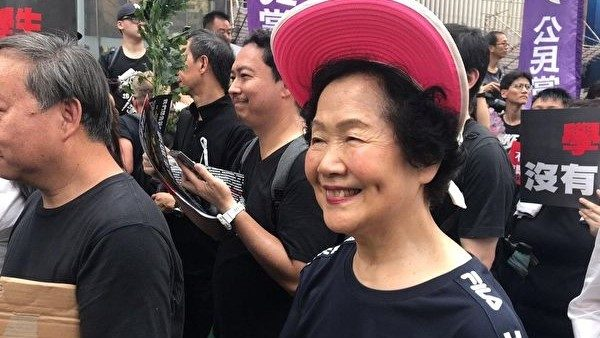 程晓容: BBC访谈 陈方安生吁中国拥抱普世价值(视频)