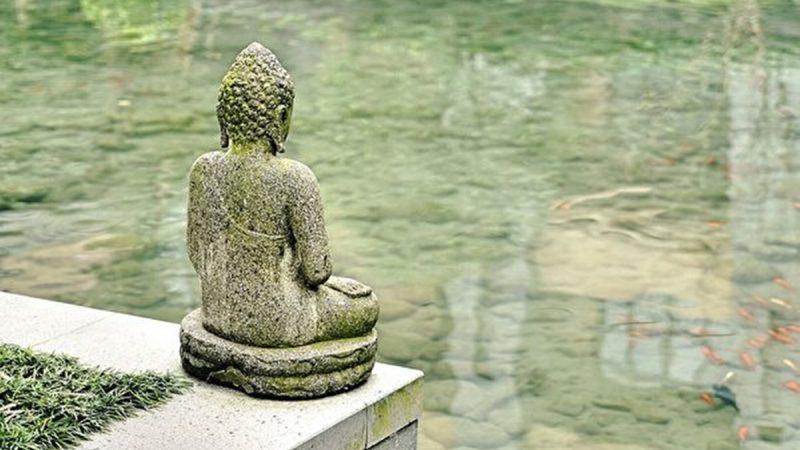 五個和尚去處不同 神佛看的是人心